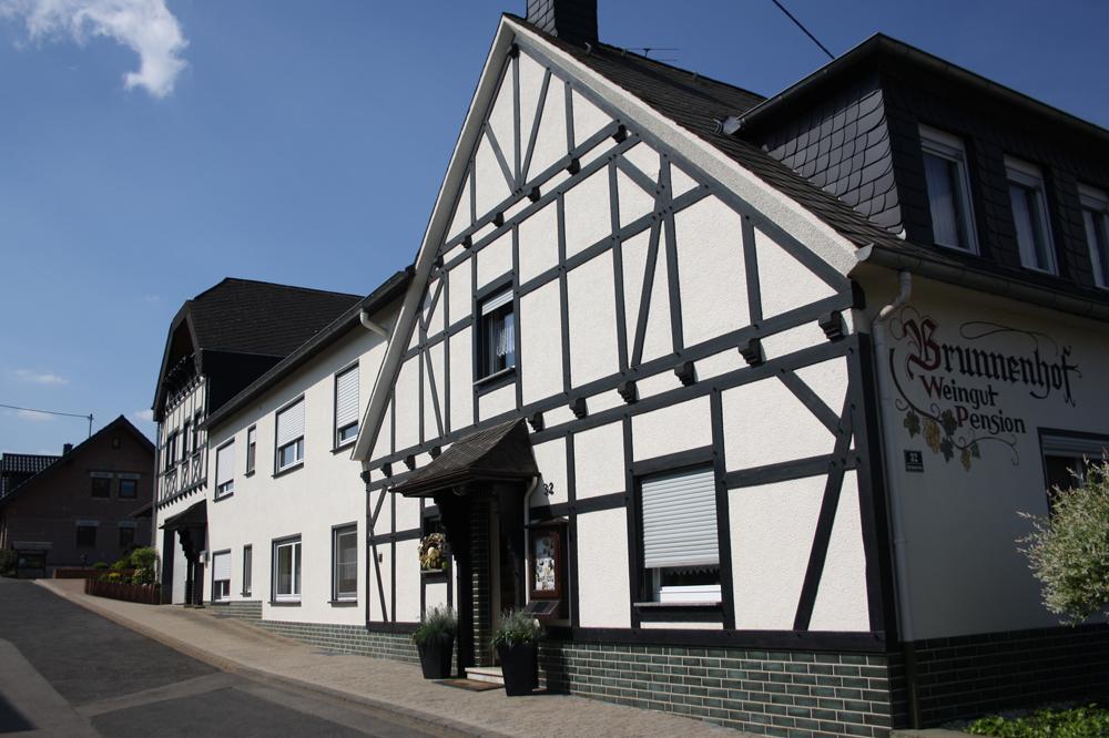 Weingut Pension Brunnenhof – 56814 Bruttig-Fankel